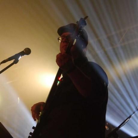 Klette (Bass, Tuba, Gesang)